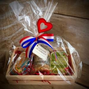 Geschenkkiste mit Herz inkl. Deko - Pour lui