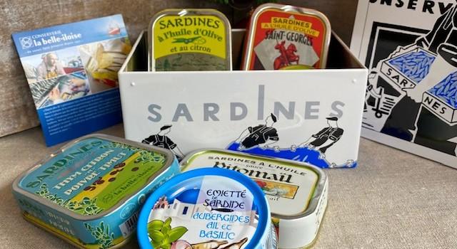Iloise-Geschenkbox Meeresgeschichten aus Sardinen-Weihnachten.1