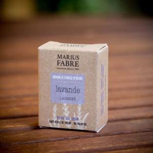 MF-BE-Mini-Olivenölseife ohne Palmöl-Lavendel-40g-im Etui_susanne_grabarz_photographie_2020_05_0066