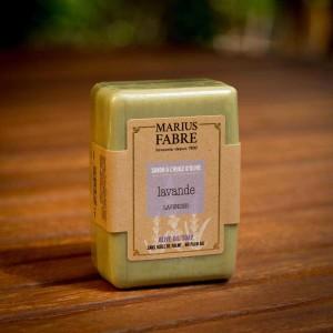 MF-BE-Olivenölseife ohne Palmöl-Lavendel-150g_susanne_grabarz_photographie_2020_05_0064