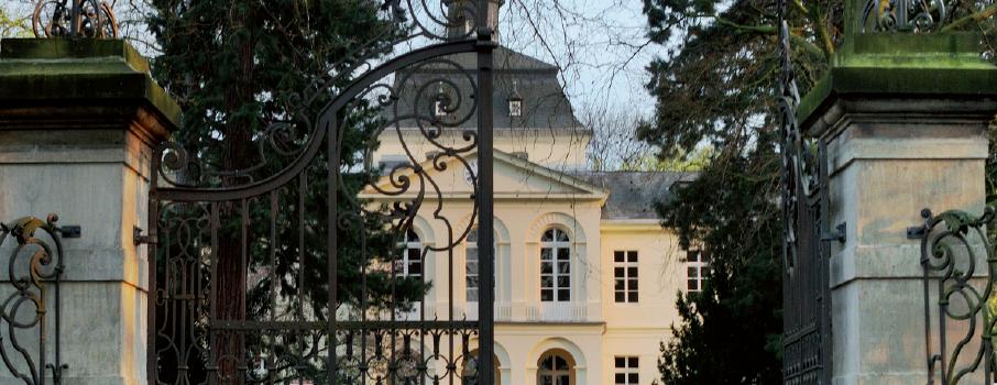 Schloss Eller Portal
